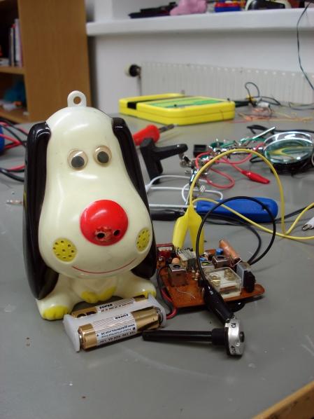 Dog star toy radio 2008